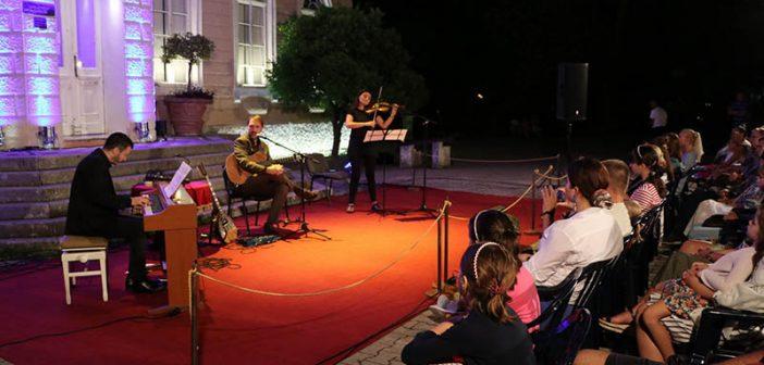 Vokalno-instrumentalni kvartet Baneta Kljajića nastupio na Barskom ljetopisu
