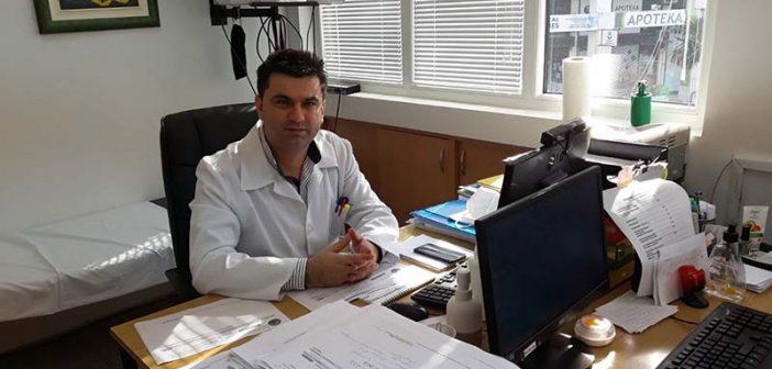 Dr Galić ličnim primjerom pozvao građane da se vakcinišu protiv koronavirusa